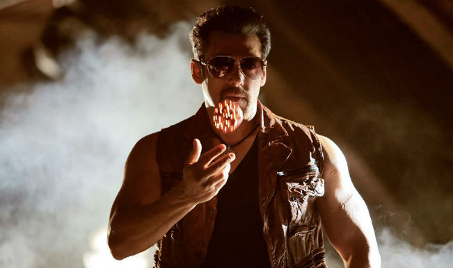 Theatre screening Salman Khan's movie Kick attacked with hand grenades