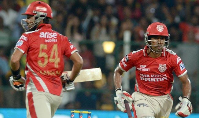 Kings-XI-Punjab-batsmen-Manan-Vohra-and-Wriddhiman-Saha-in-action-during-the-final-match-of-IPL-2014-between-Kings--99
