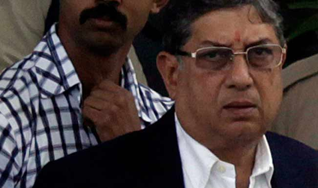 BCCI-President-N-Srinivasan-arriving-at-Mumbai-airport-on-May-25-1