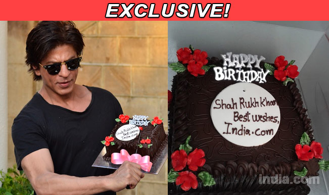Shah Rukh Khan celebrates birthday with India.com: Exclusive pictures!