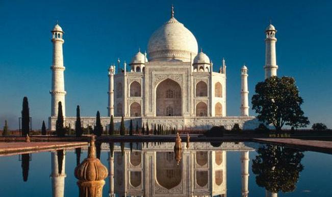 Taj Mahal controversy: Shia and Sunni Muslims fight over the world famous monument