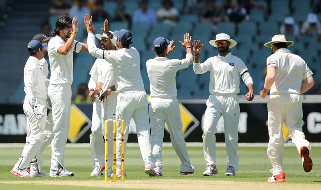 India Vs Australia 2014 15 1st Test Free Live Streaming Of Day 2 At Adelaide India Com