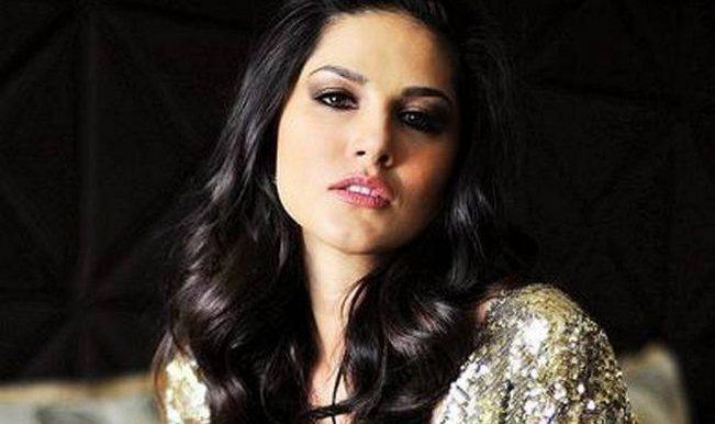 Salman Khan Birthday Sexy Sunny Leone Sends Her Wishes For The Megastar  Buzz News -5042