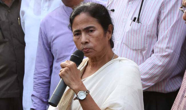 West-Bengal-Chief-Minister-Mamata-Banerjee-during-a-press-conference-regarding-the-death-of-Trinamool-Congress-M-3