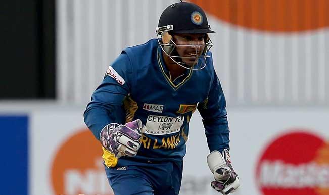 Kumar-Sangakkara-of-Sri-Lanka-celebrate-after-dismissing-Mohammad-Hafeez-of-Pakis