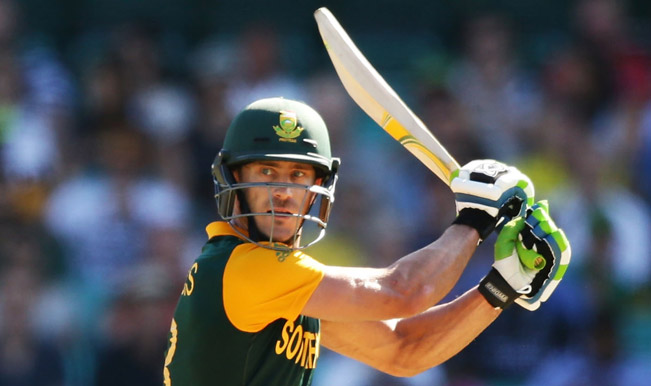Faf-du-Plessis-of-South-Africa-bats-(4)