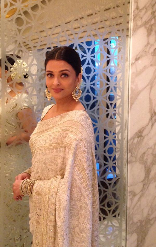 aishwarya in white