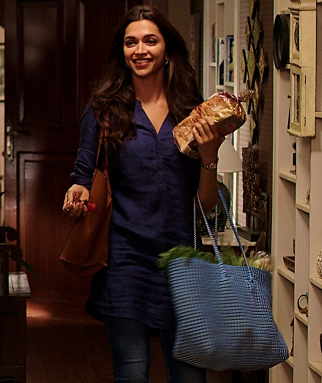 The going-out-for-groceries look of Deepika Padukone in Piku