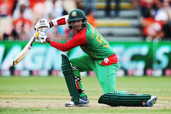 Soumya-Sarkar-of-Bangladesh-bats-7