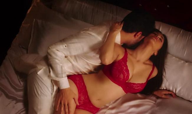 Sunny Leone Makes You Breathless In A Milk Bathing Scene In