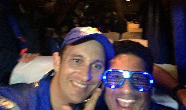 Sachin Tendulkar with Shane Bond