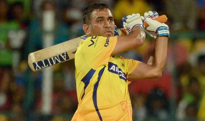 Chennai-Super-Kings-captain-MS-Dhoni-in-action-during-53rd-match-of-IPL-2014-between-Chennai-Supe
