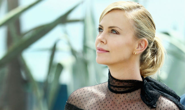 Omg charlize theron invited barack obama to a strip club watch video