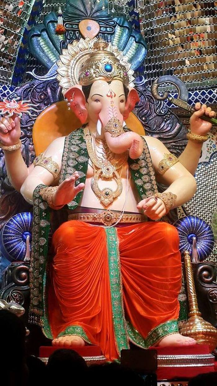 View the magnificent lalbaugcha raja in pictures from 1934 to 2015 2015 lalbaugcha raja thecheapjerseys Image collections