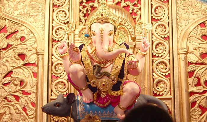 GURUJI-TALIM-GANPATI-Pune-wallpapers-images-photo