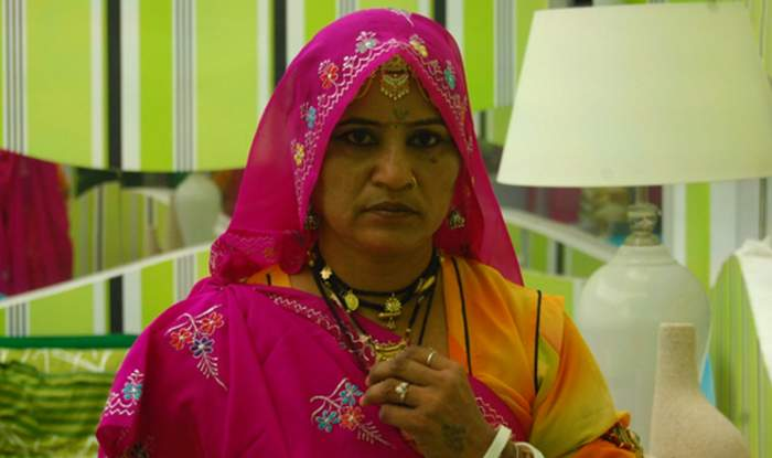 Ex-Bigg Boss contestant Gulabo Sapera in trouble for rave party at her  farmhouse; son arrested   India.com
