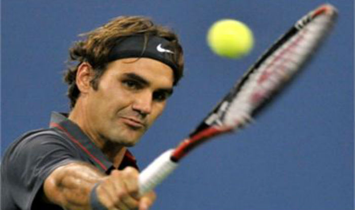 Superhero Roger Federer rescues young fan from US Open crowd crush