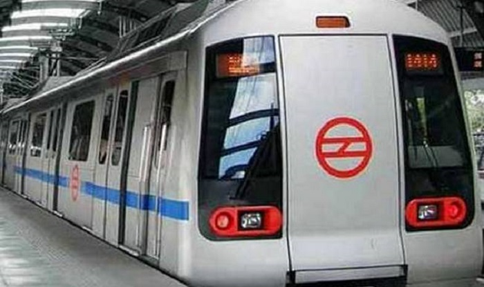 Dating delhi metro