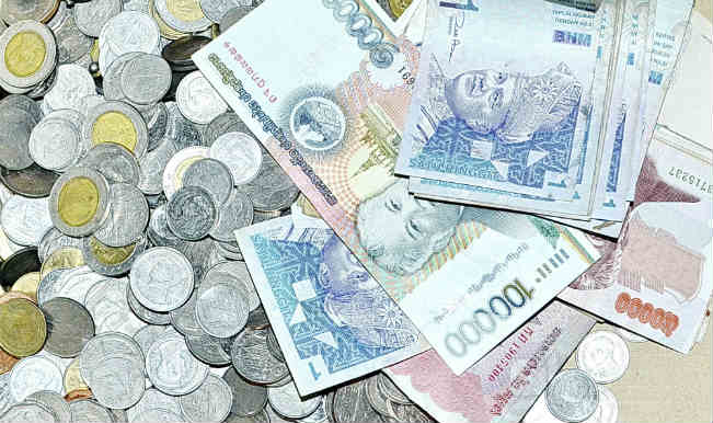Ru Down 16 Paise Vs Us Dollar In Early Trade Business News