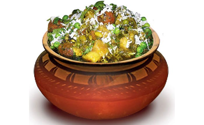 8 delectable indian dishes you just cannot skip eating this winter undhiyu forumfinder Images
