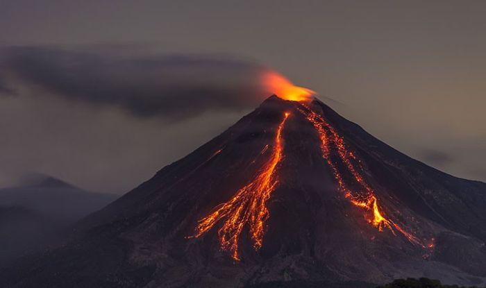 mexico u0026 39 s volcano colima erupts three times in the run up