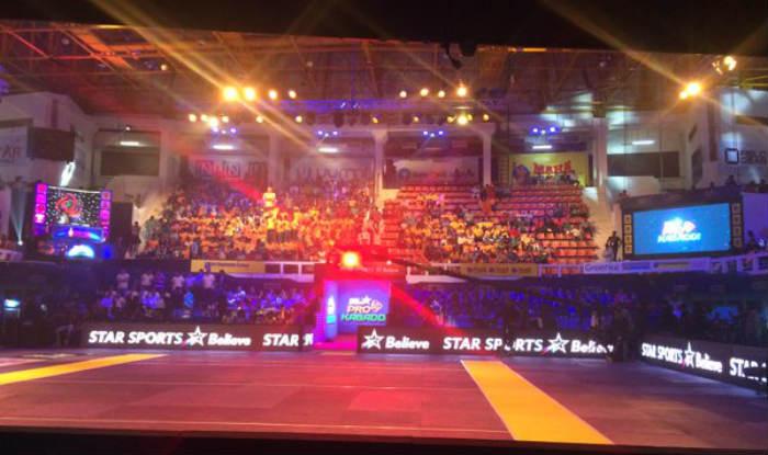 Pro Kabaddi League 3 Kicks Off With Fanfare India Com