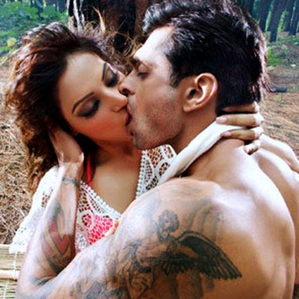 Lock Up By Karan Djpunjab: Bipasha Basu's 5 Most Sensual Scenes