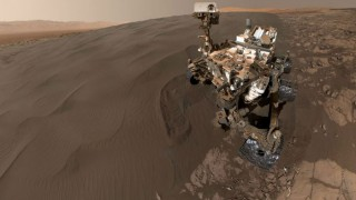 NASA's new video will take you on a 360-degree tour of Mars!
