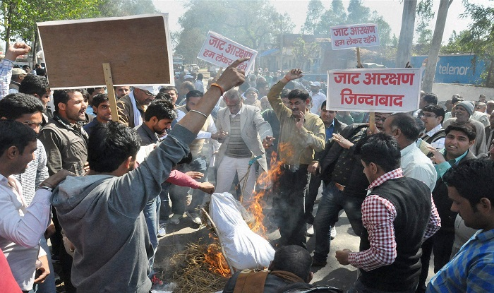 India com Morning News Bulletin: Jat reservation protest