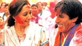 Holi 2016: Amitabh Bachchan and Hema Malini show how to enjoy this colourful festival!