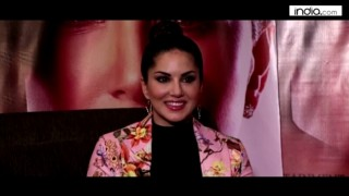 Sunny Leone Exclusive Interview: Gorgeous diva opens up about her life, Shah Rukh Khan, & One Night Stand! (Watch video)
