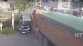 A Rig hits a Car in China. Three survived! (Watch Video)