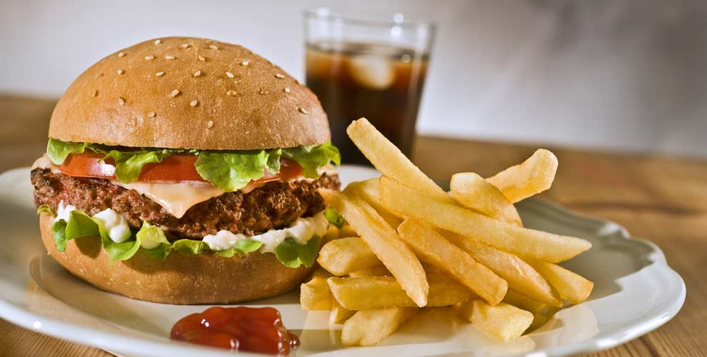 Research Finds That Junk Food Ads Are Increasing Cravings - India.com