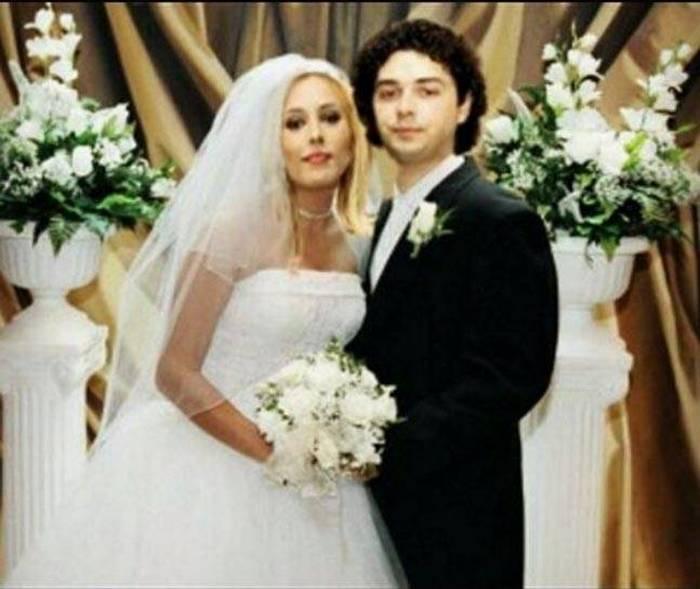 iulia vantur and marius moga wedding photo