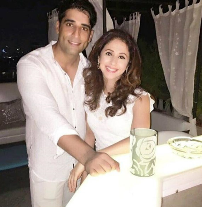 See first post-wedding picture of Urmila Matondkar with
