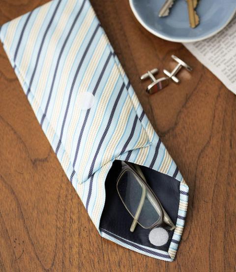 54eae335e6c3d_-_crafts-tie-glasses-0610-ewhyf7-xln