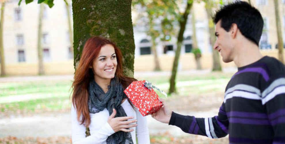 ek_gift-for-friend