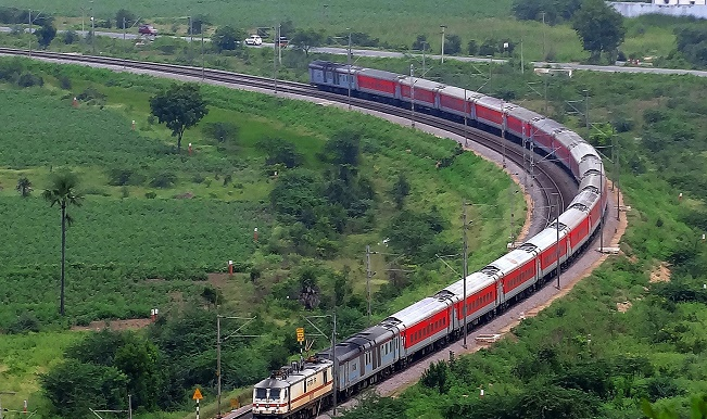 india by rail commentary essay We shall try to help you by writing a new school essay the dense smog during winter causes major air and rail traffic smog in delhi, india.