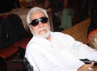 क़ादर खान की हालिया तस्वीर (साभार- gossipticket.com)