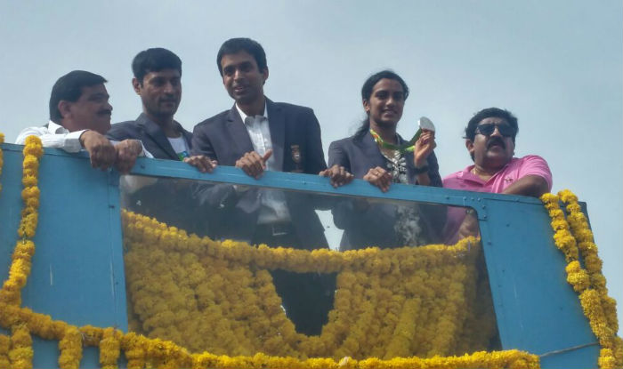 Pv Sindhu Arrives In Hyderabad To Rousing Reception