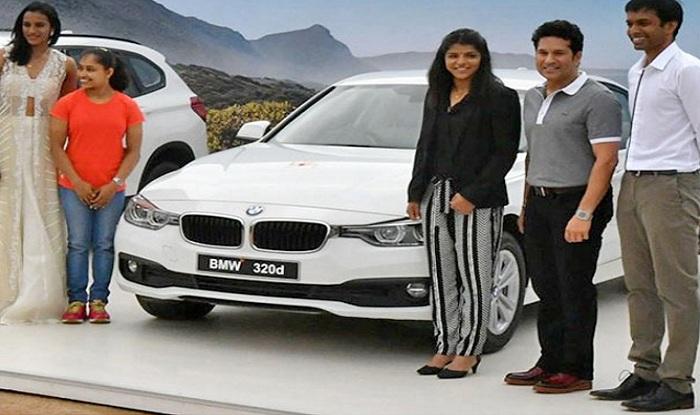 Celebrities At 2016 Auto Expo Sachin Tendulkar Ranbir: Sachin Tendulkar Honours Rio 2016 Champs; Gifts BMW Cars