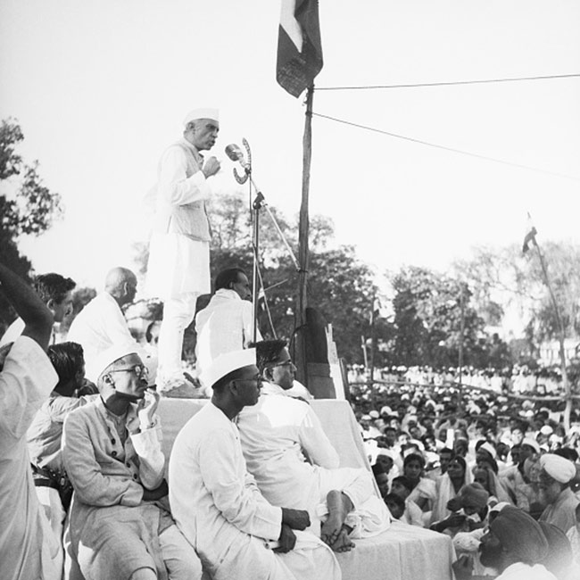 Quotes On Independence Day By Jawaharlal Nehru: Gallery : 70th Independence Day : Memorable Pics From 1947