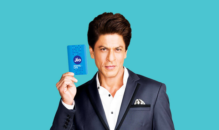 Shah Rukh Khan And Reliance Jio Fans Fight It Out On