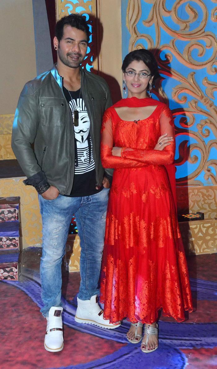 Shabbhir Ahluwalia and Sriti Jha