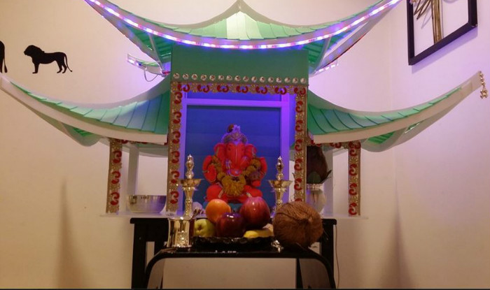 Ganesh chaturthi 2016 simple yet insanely beautiful for Ganapati decorations home