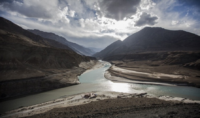 the indus water treaty essay The 1960 world bank-mediated indus waters treaty between india and pakistan is considered one of the great success stories of water diplomacy, especially as it has survived the india-pakistan wars of 1965, 1971, 1999, and much bad blood during and after the wars.