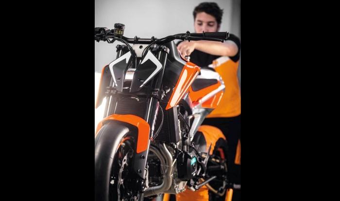 2018 ktm bikes in india. fine 2018 ktm duke 790 prototype front on 2018 ktm bikes in india