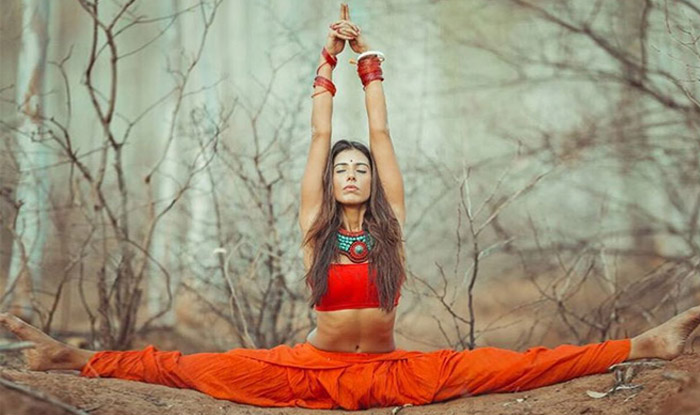 These 12 photos of Indian yogini Deepika Mehta are all the YogaInspiration you need!
