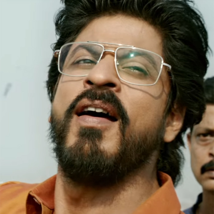 9e1536e7fa 5 ways to rock Shah Rukh Khan s Raees retro look!
