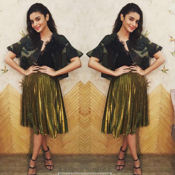 Alia Bhatt Metallic PLeasted Skirt
